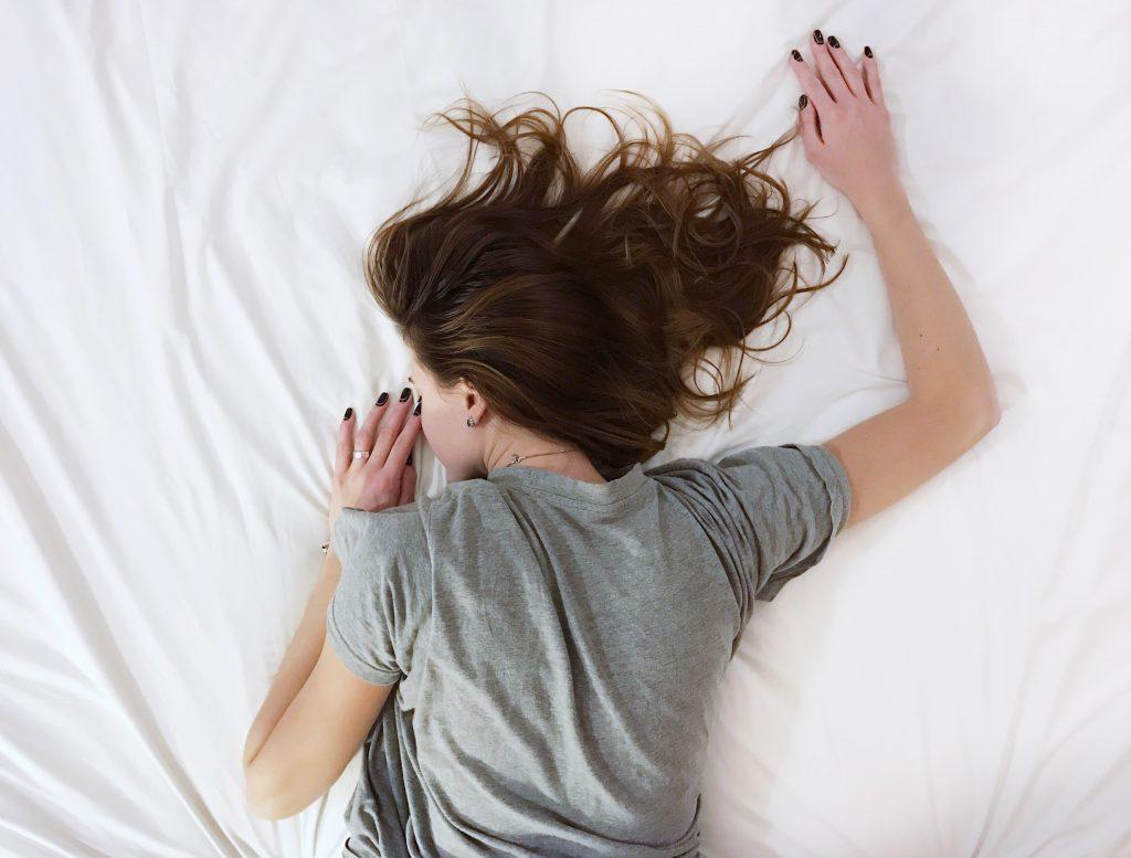 Un sérum défatiguant au café vert en cette période où la fatigue commence à se ressentir, c'est essentiel !